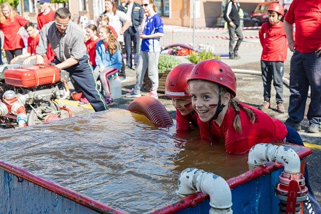 Soutěž hasičské mládeže v Jevíčku.