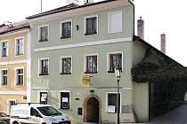 DŮM v Jiráskově ulici č. 11, kde bylo podle tradice litomyšlské sídlo jednoty bratrské.