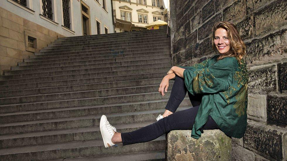 Aneta Langerová. Pořadatelé Národního festivalu Smetanova Litomyšl zveřejnili program letošního ročníku. Na nádvoří zámku se vrací opery a velké koncerty.