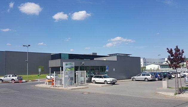 Areál společnosti Atek v průmyslové zóně na Svitavské ulici.