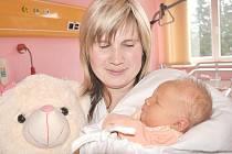 ANDREA  GAŠPARÍKOVÁ.  V neděli 11. dubna v 11.13 hodin přišla na svět v litomyšlské porodnici  první dcera manželů Jany a Ladislava. Vážila 3,5 kilogramu a měřila 46 centimetrů.  Vyrůstat bude v Lubné.