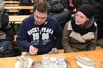 Sníst cokoliv a kdekoliv není pro Jaroslava Němce žádný problém. Dokázal to i v Máslovicích.