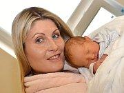 ADAM LAMPÁREK. Narodil se 26. května Evě a Janovi z Opatovce. Měřil 49 centimetrů a vážil 3,49 kilogramu. Má brášku Jana.