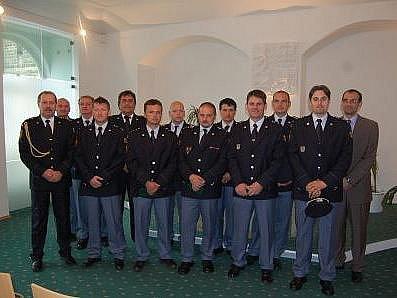 Medaile za věrnost převzali čtyři hasiči ze svitavského okresu v pondělí v Chrudimi.