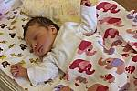 ISABELLA KREJČÍ se narodila 29. června ve 13.04 hodin. Vážila 3,55 kilogramu a měřila 50 centimetrů. S rodiči Klárou a Marcelem bydlí v Litomyšli.