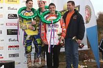 VŠECH PĚT UMÍSTĚNÍ, která se započítávala do týmové klasifikace, zapsali motokrosaři z Orionu Litomyšl v elitní desítce. Právem se tak v prestižním podniku postavili na stupně vítězů.