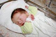 JAN ROSENBERG. Narodil se v neděli 17. listopadu. Při porodu vážil 3,81 kilogramu a měřil 52 centimetrů. Tatínek maminku podpořil na porodním sále. Z brášky se těší i čtyřletá Laura.