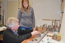 KAMIL ANDRES je známý odborník na mechanické betlémy. Zkoumá mechaniku svitavského unikátu.