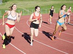 V běžeckých i technických disciplínách nabídla atletika v Litomyšli atraktivní podívanou.