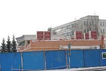 Stavba administrativní budovy, ve které by mě být finanční úřad.
