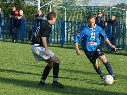 Krajský přebor: FK Dobrovice - Spartak Příbram