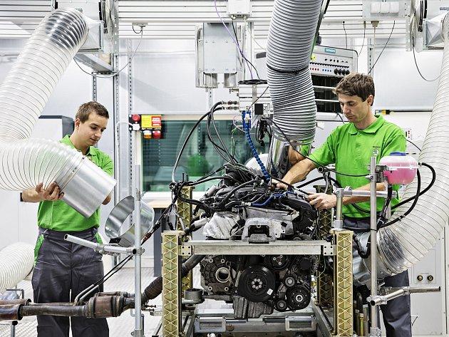 Areál areál technologického a vývojového centra v Česaně se rozrostl o moderní centrum testování motorů.