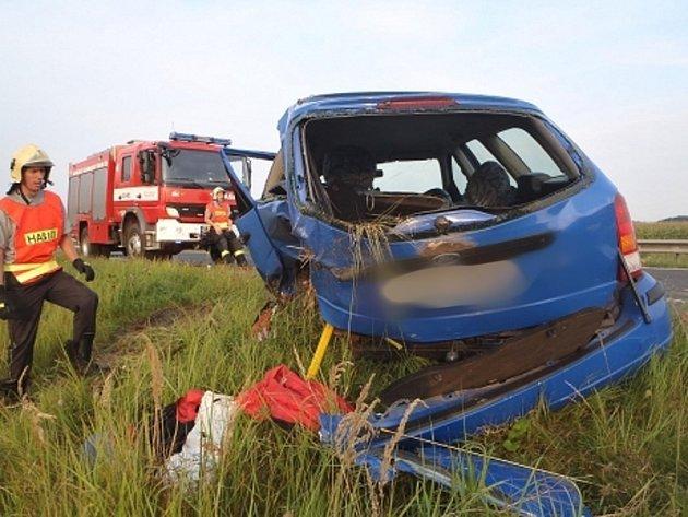 Havárie na rychlostní silnici u Hradiště