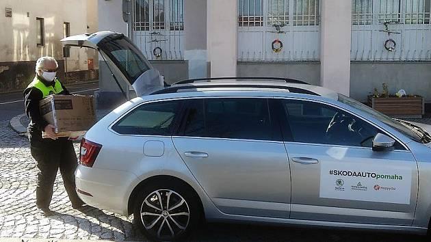 Škoda Auto pomáhá v Bakově.