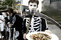 V MNOHA městech se budou o víkendu konat i happeningy upozorňující na škodlivost kouření.