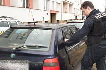 Otevřené vozidlo mohlo přilákat zloděje.