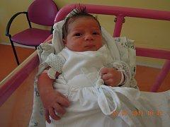 JAKUB MAXMILIÁN se narodil 17. července, vážil 3,5 kilogramů a měřil rovných 50 centimetrů. S maminkou Evou a tatínkem Michalem bydlí v Kněžmostě.