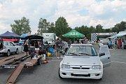Příznivci silných motorů a kvílení  pneumatik v ostrých zatáčkách mířili v sobotu 26. května do areálu Motorlandu Vrchbělá.