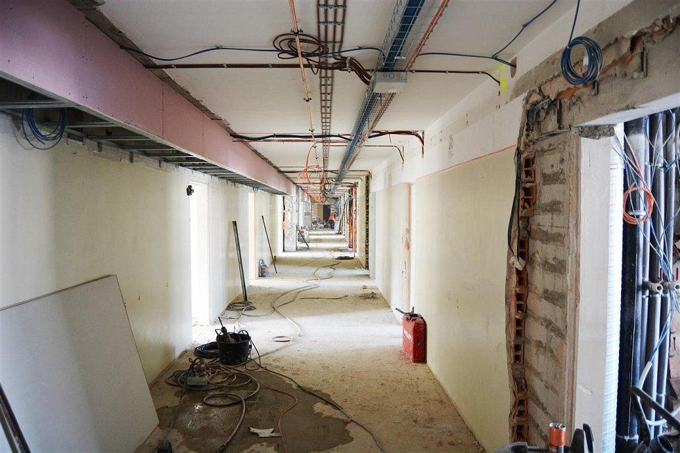 Rekonstrukce pavilonu číslo 4 v Klaudiánově nemocnici.