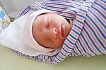 Zuzanka Koderová se narodila 28. března, vážila 2,55 kg a měřila 47 cm. S maminkou Irenou a tatínkem Alešem bude bydlet v Židněvsi, kde už se na ni těší bráška Adámek.