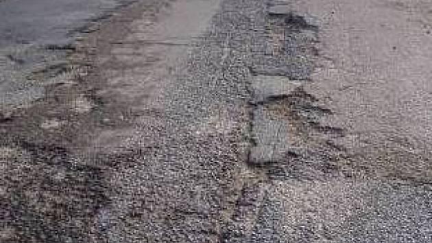 Děravá silnice se stane minulostí