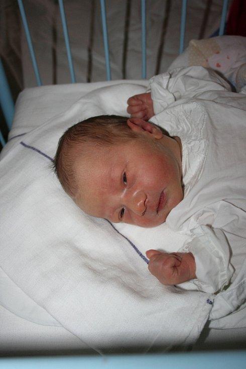 Vašík Lochman spatřil světlo světa 3. února. Jeho rodiče jsou Anna a Václav z Veselé u Mnichova Hradiště.