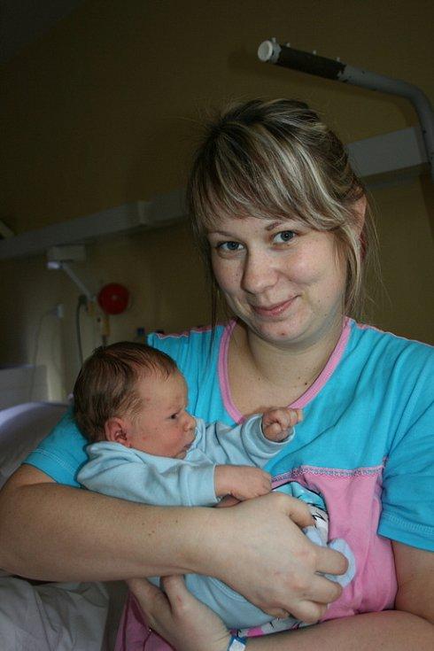 Jakoubek Skramuska se narodil 2. února Haně a Vladimíru z Malé Bělé. Po porodu vážil 3,18 kg a měřil 49 cm.