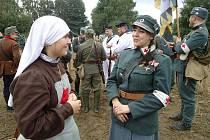 Krásu vojenských uniforem dnes nabídne zámek Stránov.