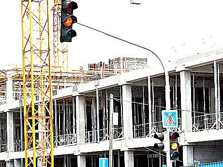 Semafor u budoucího Bondy centra