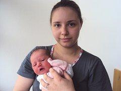 SOFIE Laštůvková se narodila 18. května mamince Kristýně a tatínkovi Jaroslavovi. Vážila 3,14 kg a měřila 50 cm.