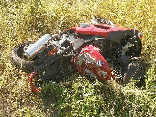 Nehoda motocyklisty - ilustrační foto