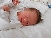 Ema Jirkovská se narodila 22. května, vážila 3,18 kg a měřila 47 cm. S maminkou Alenou a tatínkem Jaroslavem bude bydlet v Mladé Boleslavi, kde už se na ni těší bráškové Štěpánek a Kubíček.