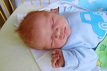 Tomášek Hanuš se narodil 3. dubna, vážil 4,06 kg a měřil 51 cm. Maminka Jiřina a tatínek Martin si ho odvezou domů do Kostelního Hlavna, kde už se na něho těší bráška Martínek.