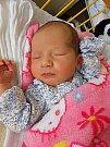 Karina Wrona se narodila 6. dubna, vážila 3,32 kg a měřila 50 cm. Maminka Elžbieta a tatínek Emil si ji odvezou domů do Milovic, kde už se na ni těší bráška Blažej.