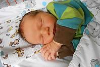 Jakub Kedlický se narodil 6. ledna, vážil 3,7 kg a měřil 50 cm. S maminkou Michalou a tatínkem Jindřichem bude bydlet v Jizbici, kde už se na něho těší bráška Matěj.