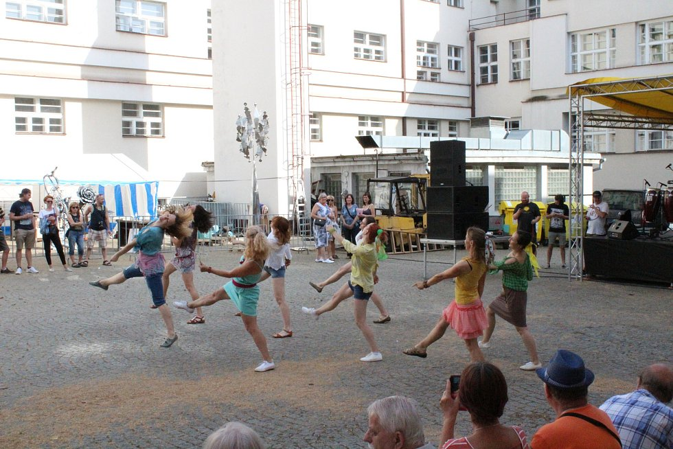 Taneční vystoupení skupiny Jazzdance