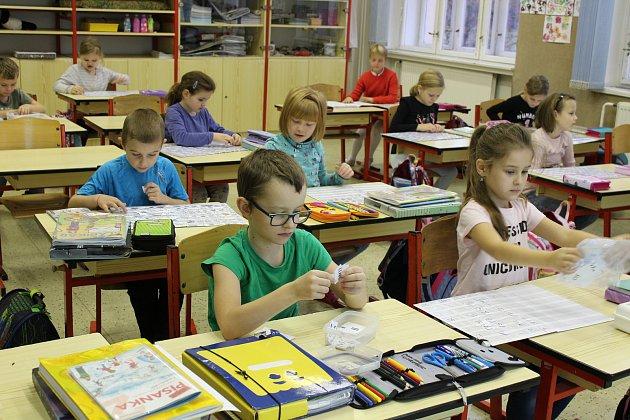 Třída 1.B Masarykovy základní školy a Mateřské školy Debř.