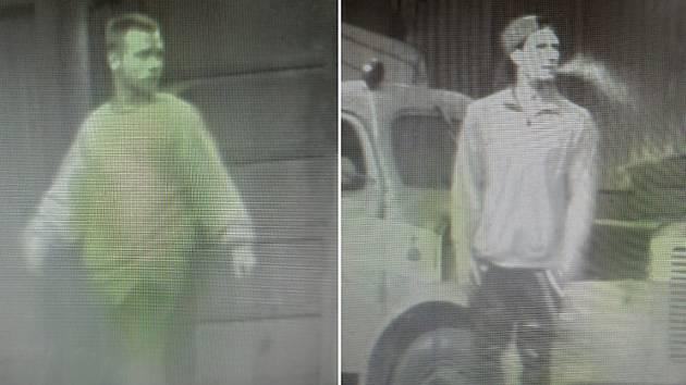 Muži, po kterých pátrají policisté kvůli krádežím v areálu bývalého zemědělského družstva v Hřivně.