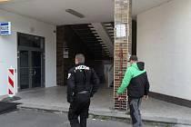 Strážníci zadrželi celostátně hledaného muže