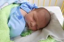 MICHAL Oliva se narodil 4. dubna mamince Radce a tatínkovi Petrovi z Bradlece. Vážil 3,59 kilogramů a měřil 51 centimetrů.