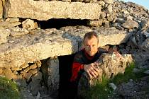 Cestovatel Martin Loew v Irsku prozkoumal i některé prastaré hrobky.