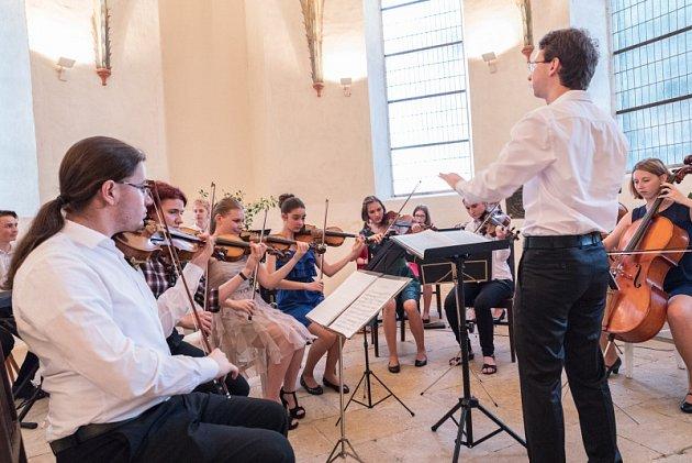 Studentský orchestr zahraje v Číně.