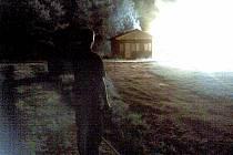 Požár chatky na koupališti