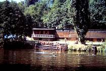 Loděnice u Jizery v roce 1983.