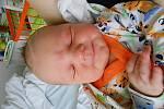 Petr Suchý se narodil 11. prosince, vážil 3,38 kg a měřil 48 cm. Maminka Dita a tatínek Jan si ho odvezou domů do Bezděčína.