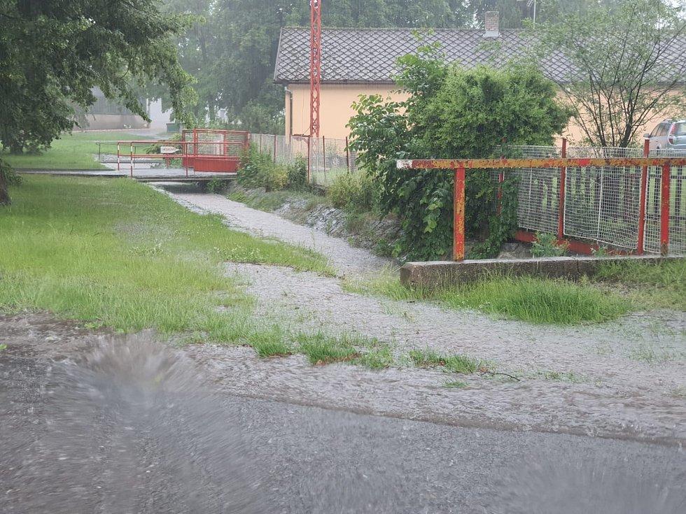 Déšť v Semčicích na Mladoboleslavsku