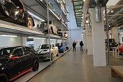 Také v neděli 14. dubna obdivovali lidé stodvacetiletou výrobní tradici automobilky Škoda.