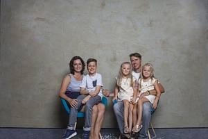 Paní Petra s rodinou