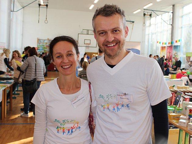 Organizátoři Festivalu chytrého učení T. L. Kučerová a R. Meliška.