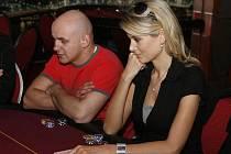 Celebrity Poker Tour v boleslavském Casinu Magic Planet za účasti miss Ivety Lutovské